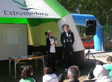 """Coria acogió la primera jornada del programa """"Entrena con Nosotros"""" con 55 deportistas"""