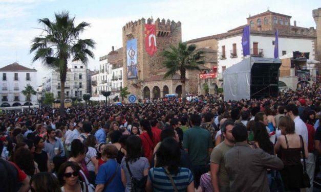 """El festival Womad de Cáceres echa a andar con las previsión de """"lleno total"""" en los conciertos y actividades"""