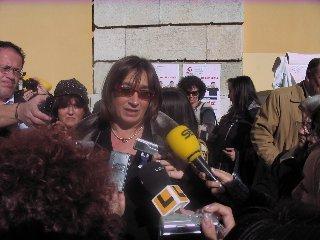 Carmen Pereira visita las obras del Fondo Estatal de Inversión Local en Coria, que ejecutará 25 proyectos