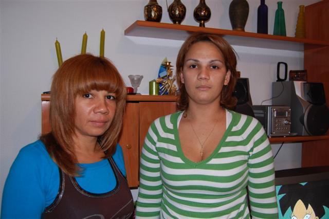 La Junta considerará delito la agresión a dos profesores y la madre del niño pide la intervención de la fiscalía