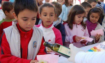 Gata-Hurdes promocionará su aceite entre más de 5.000 personas de Sierra de Gata y de la provincia de Ávila
