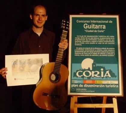 La Asamblea acuerda con el Ayuntamiento de Coria consolidar el Festival Internacional de Guitarra