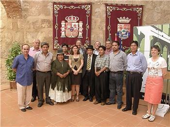 La Junta de Extremadura recibe una visita de una delegación boliviana para conocer la región