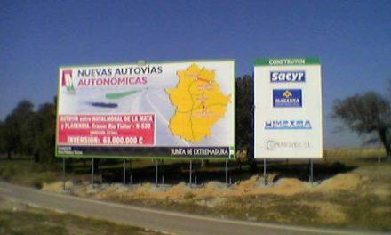 Quintana visita las obras de construcción de nuevos tramos de la autovía autonómica EX A1