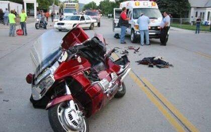 Las carreteras se cobran la vida de un motorista el sábado en un accidente en Fuente del Maestre