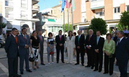 Vara toma posesión como presidente de Extremadura