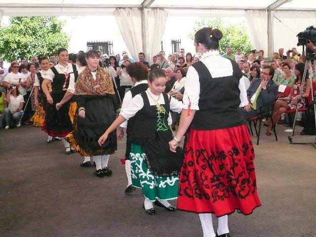 Vegaviana se constituye en municipio de pleno derecho en una ceremonia oficial presidida por Vara