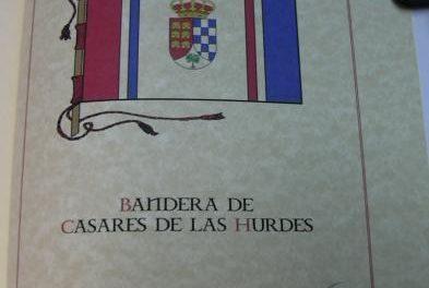 El Gobierno extremeño concede autonomía a los municipios para elegir sus símbolos de identificación