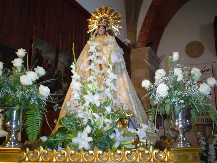 La Cofradía de la Virgen de la Vega celebra este domingo una convivencia en las inmediaciones de la ermita