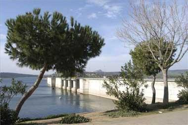 Se presentan al menos 3.000 alegaciones a la toma de agua de Alange solicitada por la Refinería Balboa