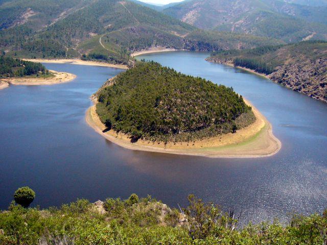 Los empresarios del sector turístico de Las Hurdes reclaman una mejor señalización de la comarca
