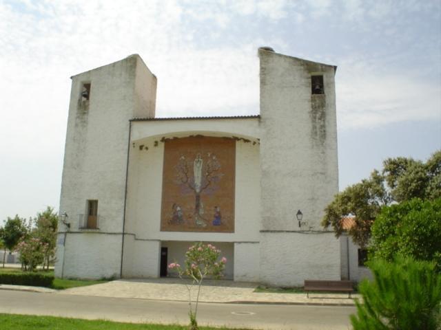El alcalde de Vegaviana anima a los vecinos a respetar el patrimonio arquitectónico de la localidad
