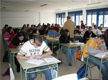 El II Concurso Regional de Ortografía congrega en Mérida a 59 alumnos de segundo de bachillerato