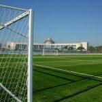 Los vecinos de Coria cuentan desde hoy con un campo de fútbol de césped artificial en las instalaciones de La Isla