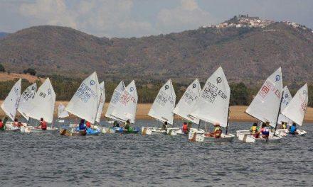 La Copa de España de Aguas Interiores Optimist contó con 50 embarcaciones en el embalse de Borbollón