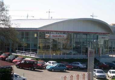 Extremadura es la región en la que más ha crecido la venta de coches durante la primera quincena del mes