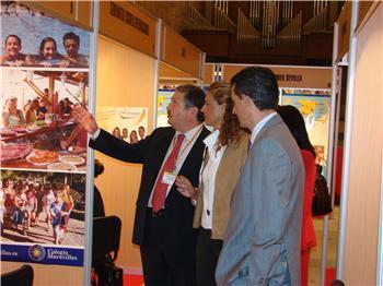 La Junta apoyará la creación en Extremadura de centros de enseñanza del castellano a estudiantes extranjeros