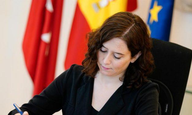 El PSOE-M exige información al Gobierno de Madrid sobre el apartamento de lujo que ocupa Ayuso