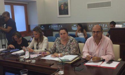La consejera de Medio Ambiente y Rural propone un pacto por la sanidad animal y anuncia nuevo modelo forestal y nueva Ley del Suelo