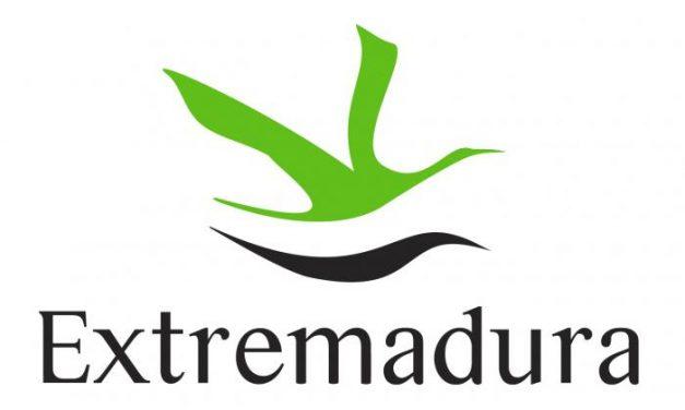 Extremadura da la bienvenida al viajero en otoño con fiestas, fuego y hogueras