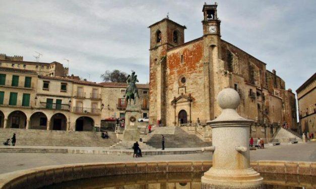 Templarios, artistas, nobles caballeros y audaces descubridores dejaron su impronta en las ciudades de Coria, Trujillo, Jerez de los Caballeros, Llerena y Zafra