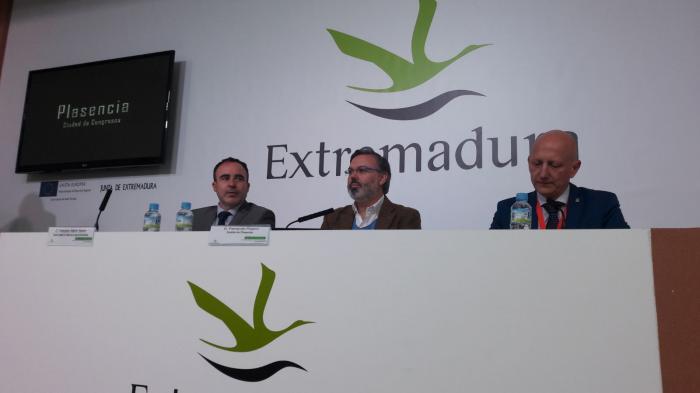 """Plasencia promociona el Palacio de Congresos como una """"infraestructura de vanguardia del siglo XXI"""""""