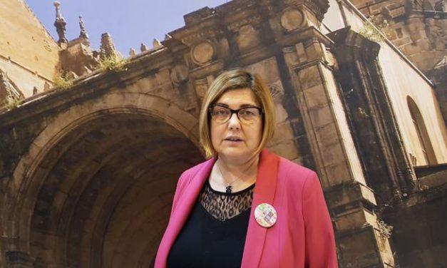 Romangordo da su último adios a su alcaldesa y presidenta de la Diputación de Cáceres