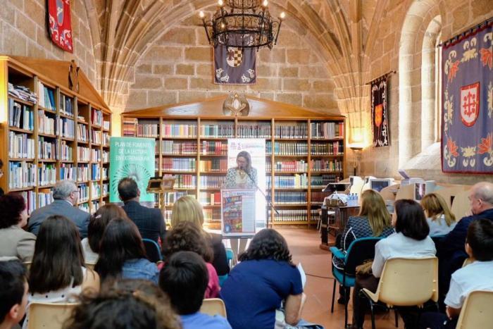 La Consejería de Educación impulsa un proyecto para acercar las bibliotecas públicas a colectivos desfavorecidos