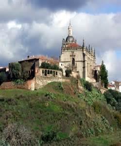 Extremadura destina cuarenta millones de euros para la renovación tecnológica de todas las aulas extremeñas