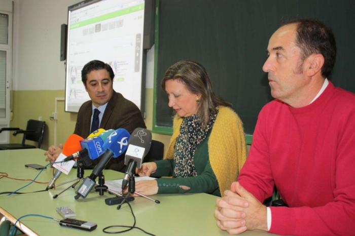 Educación anuncia que Extremadura dispondrá de una red de comunicación para impulsar la educación digital