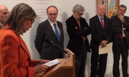 Cultura rinde homenaje a Juan Barjola con una exposición en el MEIAC y la muestra de un retrato cedido por el Banco de España