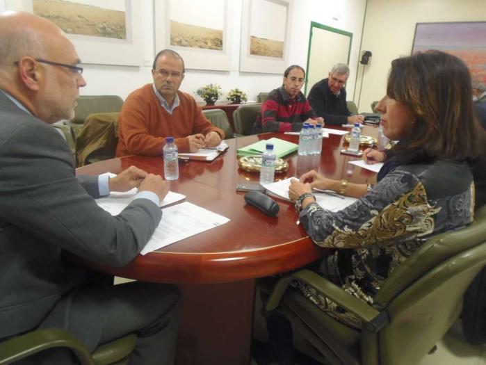 Agricultura reclama al Ministerio que estudie la posibilidad de unir las comarcas de Miajadas y Don Benito para la PAC