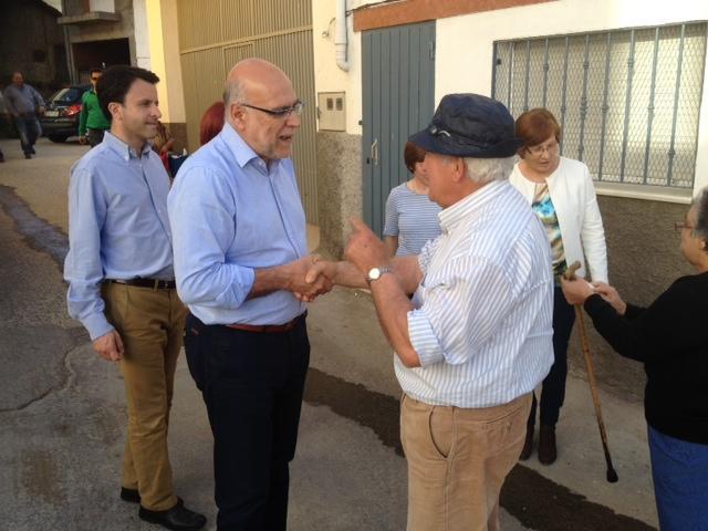 Echávarri presenta la transformación en regadío de 300 hectáreas en Casas del Monte y subraya los 90.000 euros invertidos en Gargantilla