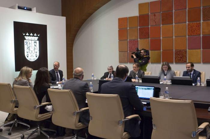 Extremadura acuerda destinar 418.000 euros para contribuir a los procesos de integración de cooperativas agroalimentarias