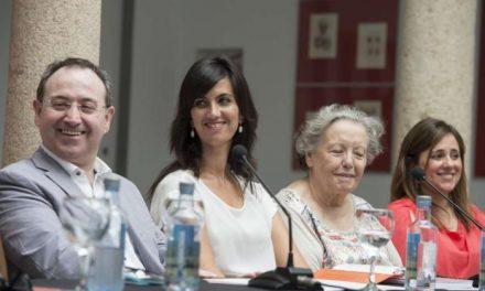 La secretaria general de Cultura define a Extremadura como 'polo de atracción de los amantes del teatro'