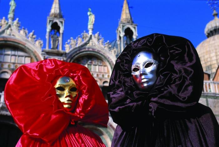 Carnaval de Venecia, el triunfo de don Carnal… sobre la crisis