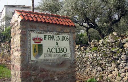 El alcalde de Acebo denuncia un delito de suplantación de identidad ante la Guardia Civil