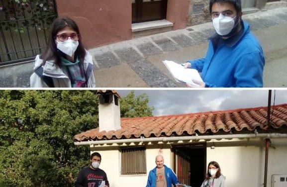 Gata reparte más de 700 mascarillas homologadas para proteger a sus vecinos del Covid-19