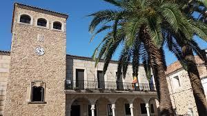 El Ayuntamiento de Coria realizará el pleno ordinario de mayo con menos concejales y sin público