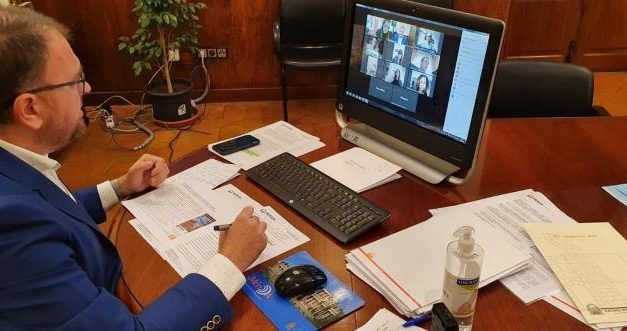 El Ayuntamiento de Mérida enviará a todos sus vecinos bonos con dinero para gastar en comercios de la ciudad