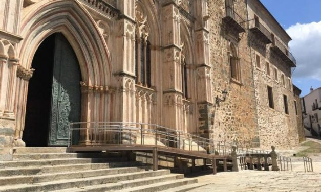 El Monasterio de Guadalupe mejora su accesibilidad y la basílica se prepara para abrir el lunes para el culto
