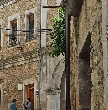El edil del PP de Hoyos denuncia persecución del alcalde y dice que no le deja acercarse al ayuntamiento