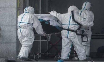 Más de 1.200 contagiados, 10 muertos y 385 hospitalizados en otra jornada negra en Extremadura