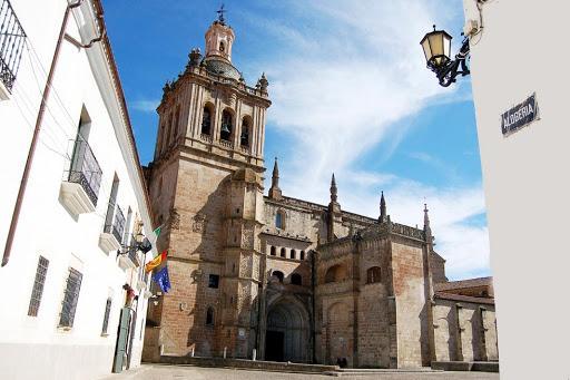 """Almudena Domingo, edil de Turismo: """"Coria es la gran desconocida en Extremadura"""""""