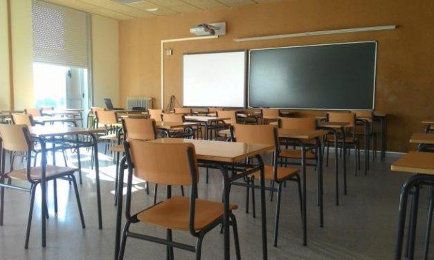 Los alumnos de cero a seis años de Extremadura no volverán a las aulas este curso