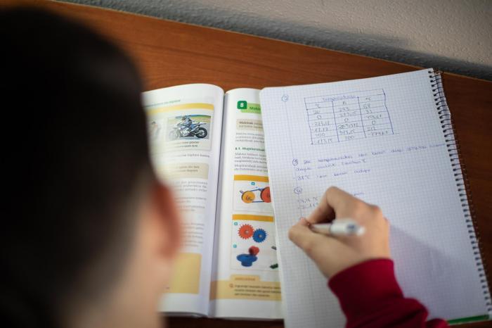Más del 92% de profesores extremeños rechazan una vuelta a las aulas antes de septiembre