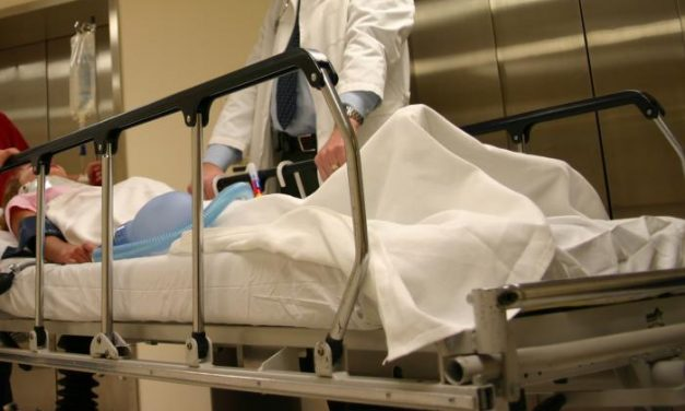 Los hospitales de la región tienen a 57 pacientes ingresados por coronavirus, cuatro de ellos en la UCI