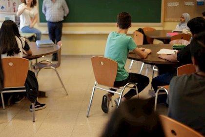 """PIDE critica el """"recorte brutal"""" de la plantilla docente en la educación pública para el curso 2020-2021"""