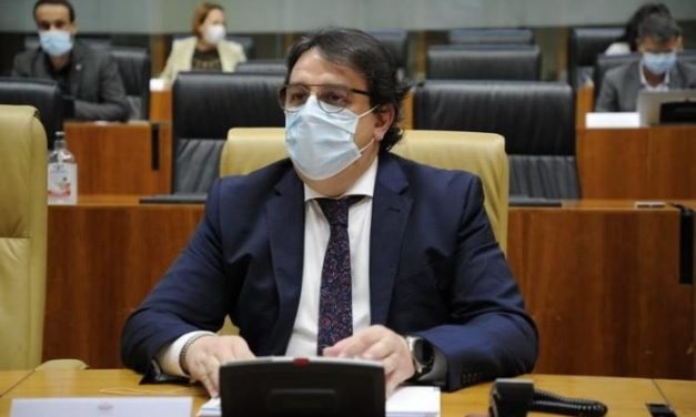 El Partido Popular reprocha a Vergeles el cambio de criterio sobre el uso de mascarillas