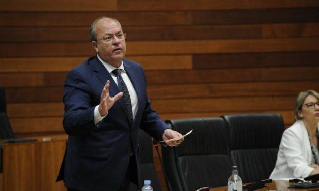 Monago acusa a Fernández Vara de estar ocultando lo que ha pasado en las residencias de mayores